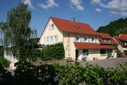 Landhaus Hohly, Friedhofweg 5, 74245, Löwenstein