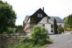 Qualys-Hotel Auberge De La Petite Ferme, Le Faux, 63610, Besse-et-Saint-Anastaise