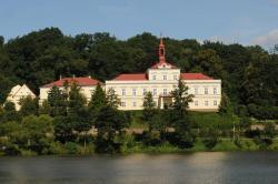 Penzion Zámek Rozsochatec, Rozsochatec 1, 58272, Rozsochatec