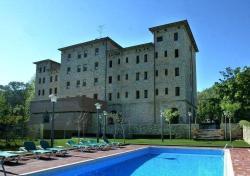 Hotel Regina Spa Artdeco Resort, Carreterea del Balneari, km13, 43427, Vallfogona de Riucorb