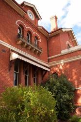 St Arnaud Old Post Office Apartments, 2 Napier Street, 3478, Saint Arnaud