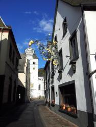 Hotel Weinhaus Am Stiftstor, St. Castor Strasse 17, 56253, Treis-Karden