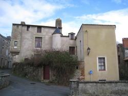 Le Logis des Tourelles, 2 rue des Tourelles, 49600, Beaupréau