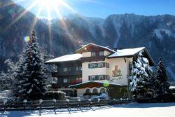 Aparthotel Landhaus St. Joseph, Laubichl 140, 6290, Mayrhofen