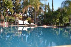 Hotel Riad L' Arganier D' Or, RN 10 Ouarzazate Road, KM19 Zaouiate Ifergane, 83200, Aït el Rhazi