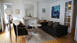 Little Suite - Bertille, 56 Boulevard de la Liberté, 59000, Lille