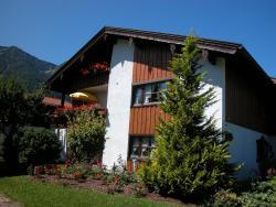 Ferienwohnungen Kirmse, Schmelzerstraße  86, 83334, Inzell