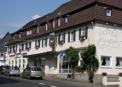 Unser kleines Hotel Café Göbel, Friedrichstr. 2, 35321, Laubach