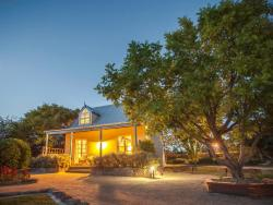 Vineyard Cottages & Cafe, 28126 New England Highway, 4382, Ballandean