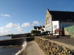 YHA Port Eynon, Old Lifeboat House, Port Eynon, SA3 1NN, Port-Eynon