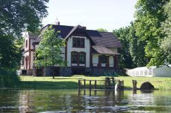 Gutshaus Villa Radekow, Alt Radekower Str. 6, 16307, Radekow