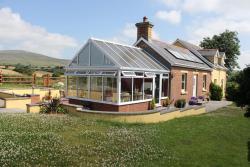 Brynhaul Bed and Breakfast, Brynhaul, Maenclochog, Clunderwen, Pembrokeshire, SA66 7JX, Maenclochog