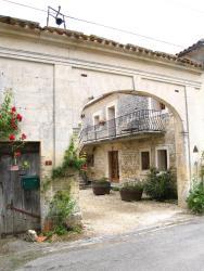 La Cour des Cloches, 21 Chemin de Chez Juilier , 16200, Mainxe