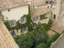 Chambres d'hôtes Saint-Sauveur, 3 Place du Marché, 34630, Saint-Thibéry