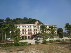 Yeob Bay Hotel & Resort, Lot 586 Jalan Teluk Senangin,, 32200, Kampung Teluk Senangin