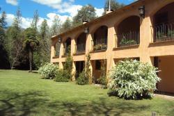 Hotel Loma Bola, Av. J A Krutli s/n, 5879, La Paz
