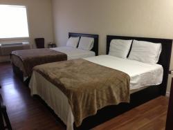 Snow White Inn, 320 Park Avenue, S0K 2L0, Langham