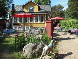 Hotel & Cafe Lanterna, Parkvägen 5, 20660, Nauvo