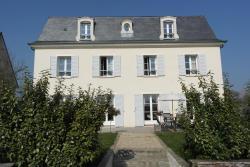 Villa Mansard, 74 Route de Vernouillet, 78670, Villennes-sur-Seine