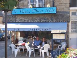 Le Vieux Chien Noir, 1 Place Jean Perrin, 22630, Évran