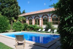 Hotel Les Bellugues, 13 rue Pelet de la Lozère, 30270, Saint-Jean-du-Gard