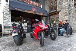 Barri Antic Hostel & Pub, Carrer De La Vall N 20, AD500, Andorra la Vella