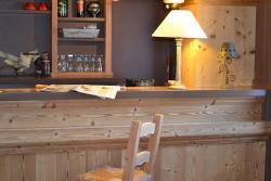 Hôtel Restaurant L'Adray, 11 route de Notre Dame du Pré, 73210, Longefoy