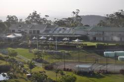 Eagle Heights Mountain Resort, 1683 Tamborine-Oxenford Road, Wongawallan, 4210, Маунт Тамборин