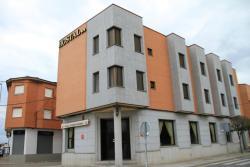 Hostal Restaurante Cuatro Caminos, Avenida Benito Alcalde Sanchez,84, 45686, Calera y Chozas