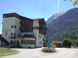 Salzburgerhof Jugend- und Familienhotel, Lofer 128, 5090, Lofer