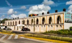 Hotel Laguna Encantada, Av. Mexico 364, Colonia Santa Elena, Subteniente Lopez, 77000, Chetumal