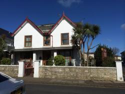 Carisbrooke House, 11 Beachield Road, PO36 8NA, Sandown