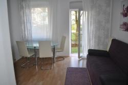 Modern Flat between Munich & Bavarian Lakes, Am Bleichanger 6, 87600, Kaufbeuren