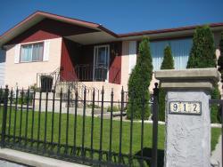 Four Cedars Accommodation, 912 Patricia Street, T0E 1E0, Jasper
