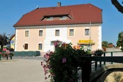 Gästehaus Freitag, Dorfplatz 1, 9423, Sankt Georgen