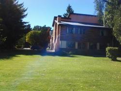 Lago Gutierrez Lodge, Ruta 82. Km 16 Lago Gutierrez, 8400, San Carlos de Bariloche
