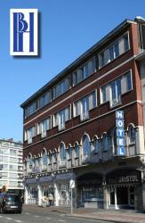 Hotel Bristol Internationaal, Edegemsestraat 1, 2640, 莫尔特塞尔