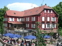 A la Maison Rouge Hôtel & Restaurant, 1 av. du Dr Marcel Krieg, 67140, Barr