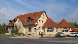 Anker Étterem és Panzió, Bajcsy-Zsilinszky út 78., 9071, Gönyů