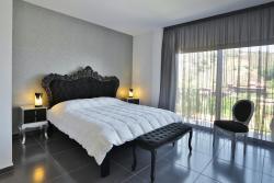 Crystal Hotel, 15 Griva Digeni, 2800 Kakopetria