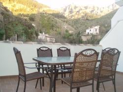 Apartamentos Castillo de la Yedra, Camino del Ángel S/N, 23470, Cazorla