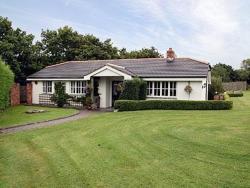 Clover Cottage,  PL30, Lanivet