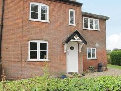 Holly Cottage,  NR9, Lyng