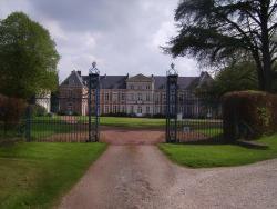 Chambres d'hôtes du Château de Grand Rullecourt, 3 Place du Château, 62810, Grand Rullecourt
