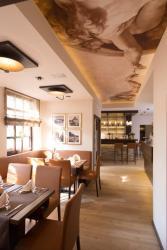 Hotel-Restaurant Haselhoff, Ritterstrasse 1-3, 48653, Coesfeld