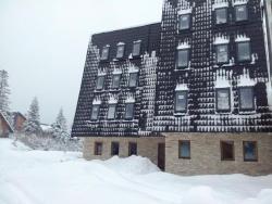 Apartments Max-Well, Obućina bare 17, 71423, Jahorina