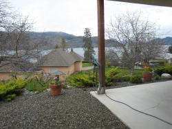 Okanagan Breeze Bed & Breakfast, 4724 Blacksmith Place, V0H 1X7, Peachland