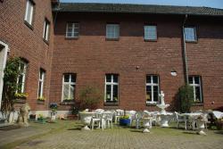 Pension Genengerhof, Ummerstr.96, 41748, Viersen