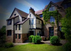 Brayne Court Bed and Breakfast, High St, Littledean, GL14 3JY, Little Dean