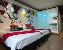 Appart'hotel Urban Lodge, Esplanade 2D, 4050, Шофонтен